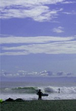 Surfers_at_chigasaki
