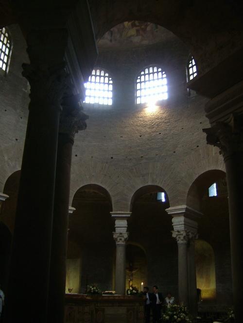 Mausoleo_costanza_interno